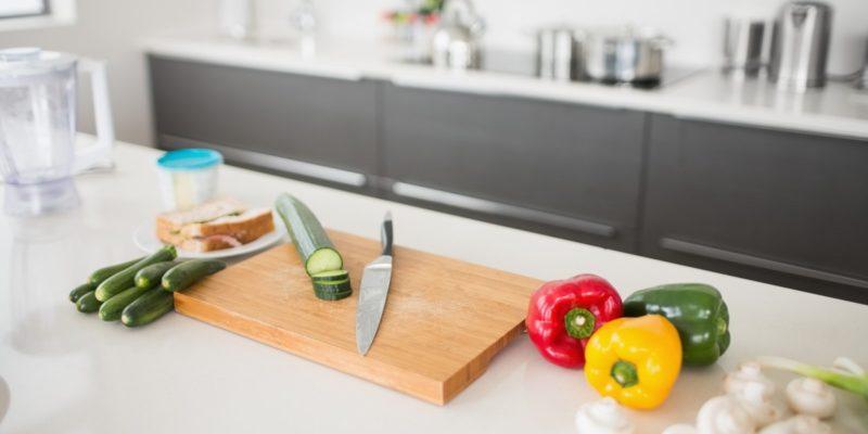 В помощь при планировании кухонного острова – рабочая поверхность в два раза больше!